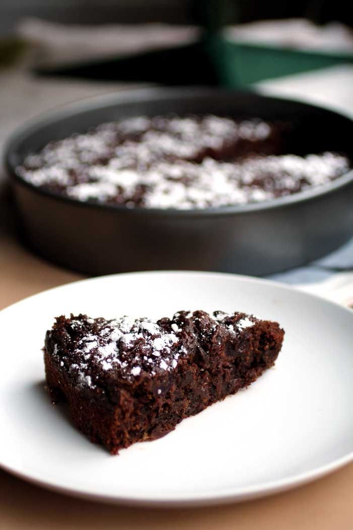 Leftover Cranberry Sauce Chocolate Breakfast Cake (vegan) // The Pancake Princess